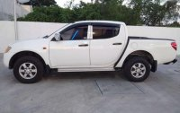 Mitsubishi Strada 2007 manual diesel for sale