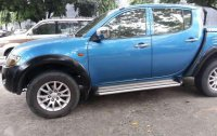SELLING MITSUBISHI Strada 2007 model