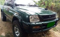 2000 MITSUBISHI Strada Endeavor 4x4 manual Diesel for sale