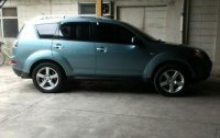 Selling 2nd Hand Mitsubishi Outlander 2009 in Quezon City