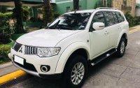 Sell White 2013 Mitsubishi Montero Sport at 70000 km