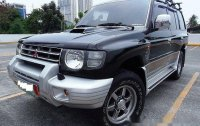Black Mitsubishi Pajero 2004 Automatic Diesel for sale