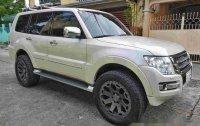 Sell White 2015 Mitsubishi Pajero at 19000 km