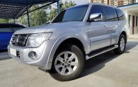 Silver Mitsubishi Pajero 2014 at 90000 km for sale