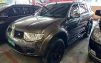 Grey Mitsubishi Montero sport 2013 for sale