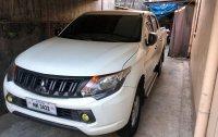White Mitsubishi Strada 2016 for sale in Manual