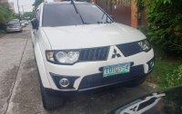 Selling Pearl White Mitsubishi Montero Sport 2012 in Manila