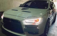 White Mitsubishi Lancer 2010 for sale in Automatic