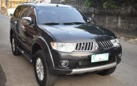 Sell Black 2009 Mitsubishi Montero sport in Quezon City