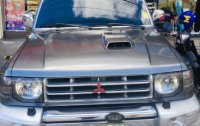 Silver Mitsubishi Pajero 1998 for sale in Manual