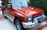 Selling Orange Mitsubishi Pajero 2007 in Manila