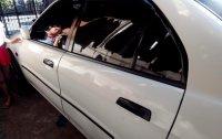 Selling White Mitsubishi Lancer 2000 in Manila