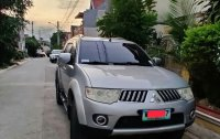 White Mitsubishi Montero 2013 for sale in Manual