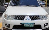 Sell White Mitsubishi Montero in Manila