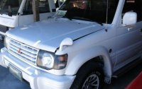 White Mitsubishi Pajero 2004 SUV / MPV for sale in Cebu City