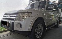 Selling Pearl White Mitsubishi Pajero 2004 in Quezon City