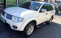 White Mitsubishi Montero 2010 for sale in Taytay