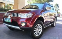 Selling Red Mitsubishi Montero 2011 in Manila