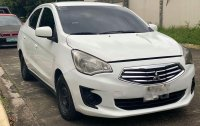 Selling Pearl White Mitsubishi Mirage in Quezon City