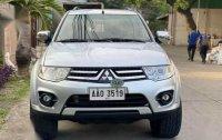 Selling White Mitsubishi Montero sport in Quezon City
