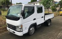 Selling White Mitsubishi Fuso 2006 in Caloocan