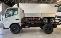 Sell Pearl White Mitsubishi Fuso in Quezon City
