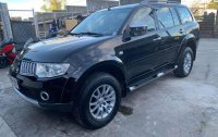 Selling Black Mitsubishi Montero 2010 in Manila