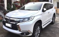White Mitsubishi Montero Sport 2017 for sale in Valenzuela