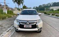 Selling Mitsubishi Montero 2019