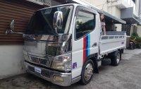 Selling White Mitsubishi Fuso 2015 in Caloocan