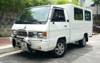 Selling White Mitsubishi L300 2017 in Quezon