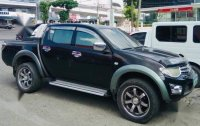Selling Mitsubishi Strada 2010 in Cebu City