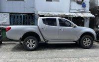 Selling Silver Mitsubishi Strada 2012 in Marikina