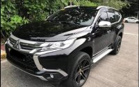 Selling Black Mitsubishi Outlander 2017 in Quezon City
