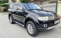 Selling Black Mitsubishi Montero 2010