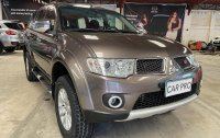 Sell Brown 2013 Mitsubishi Montero in San Fernando
