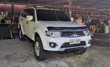 White Mitsubishi Montero 2014 for sale in Lipa