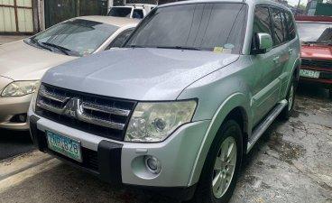 Selling Mitsubishi Pajero 2008