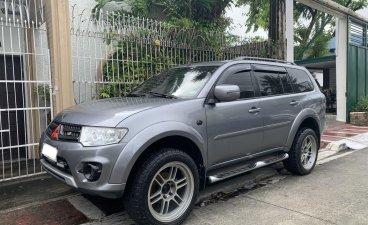 Selling Brightsilver Mitsubishi Montero 2014 in Manila