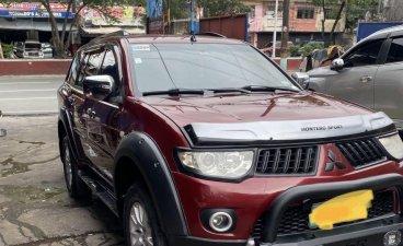 Selling Red Mitsubishi Montero Sport 2011 in Manila