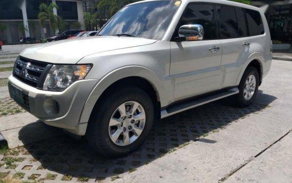 Selling 2nd Hand Mitsubishi Pajero 2012 at 68000 km in Pasig