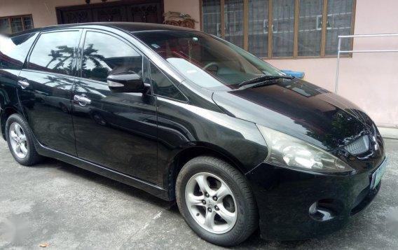 Black Mitsubishi Grandis 2011 for sale in Automatic