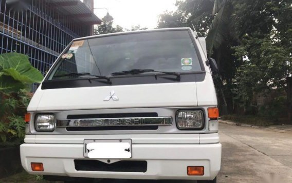Selling White Mitsubishi L300 in San Jose del Monte