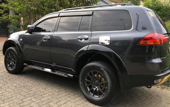Sell Grey Mitsubishi Montero sport in Cainta