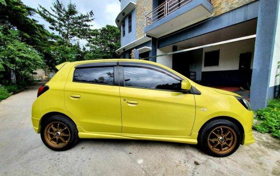 Selling Yellow Mitsubishi Mirage 2013 in Muntinlupa