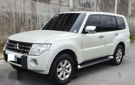 Pearl White Mitsubishi Pajero 2011 for sale in Makati