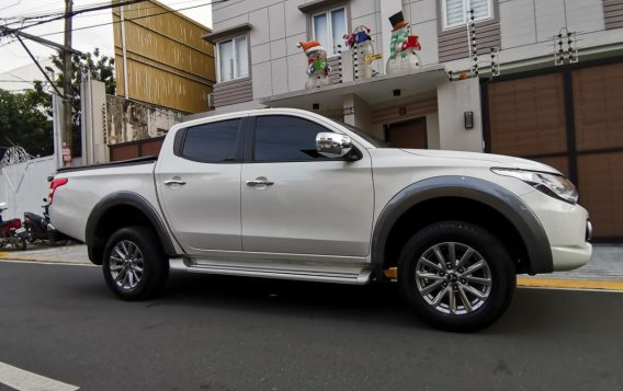 White Mitsubishi Strada 2018 for sale in Lipa
