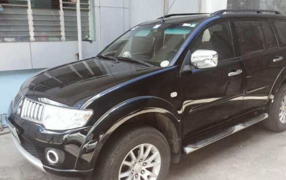 Selling Black Mitsubishi Montero Sport 2009 in Cebu