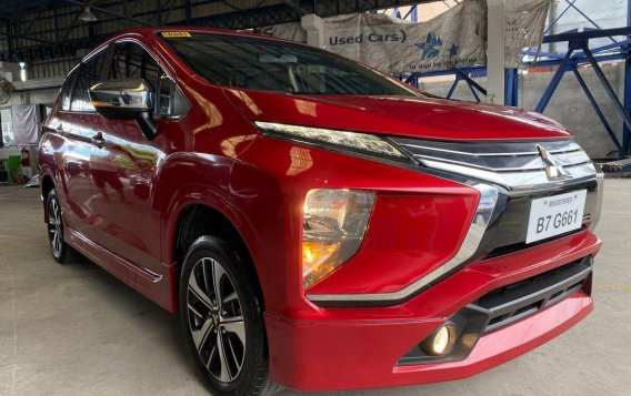 Red Mitsubishi XPANDER 2019