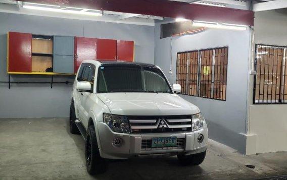 Selling White Mitsubishi Pajero 2008 in Quezon